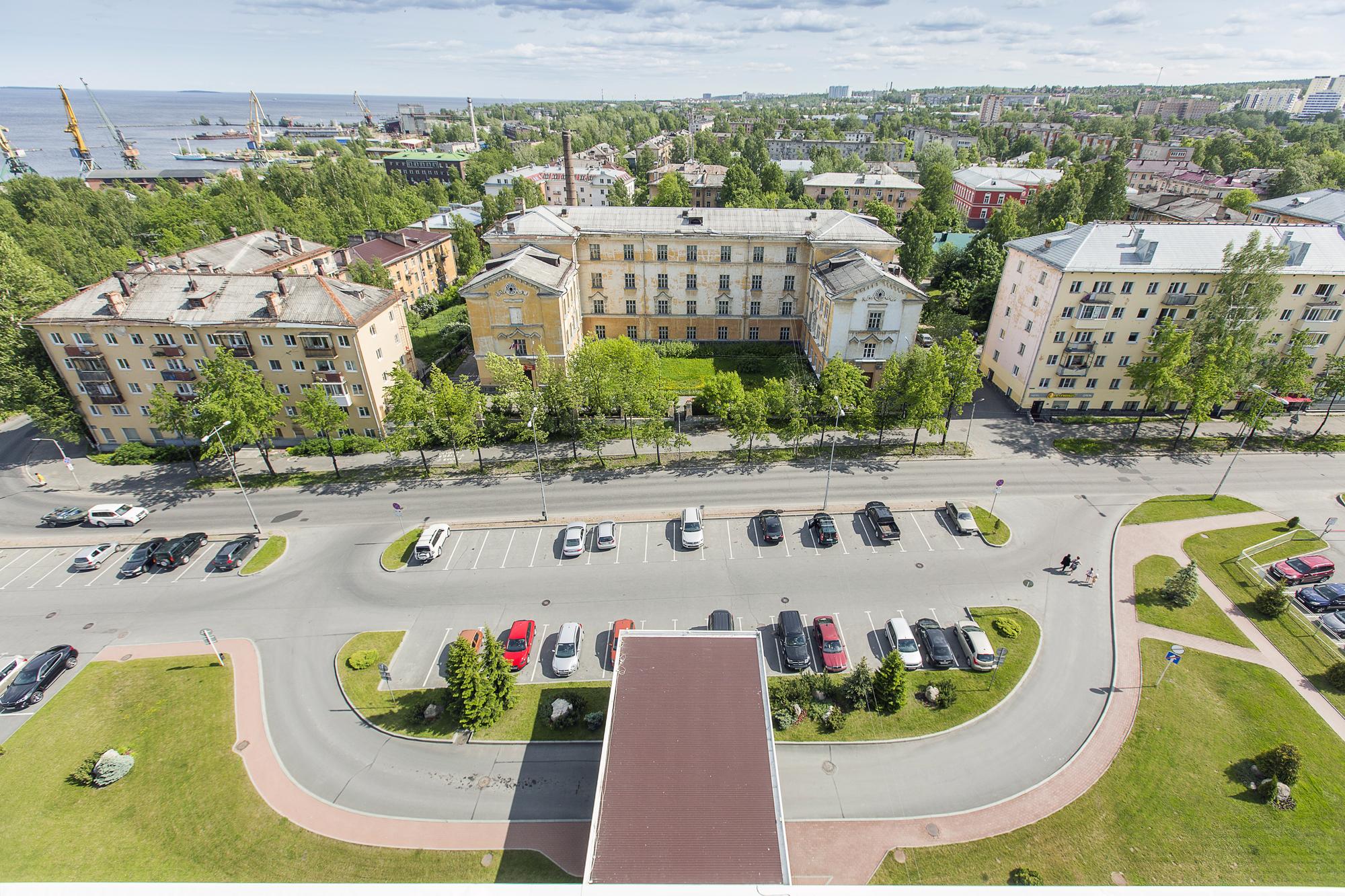 Вид из отеля Карелия